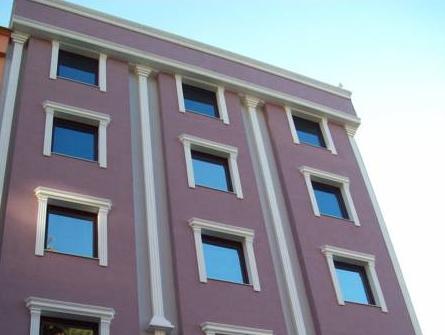 Lonca Butik Hotel, Merkez