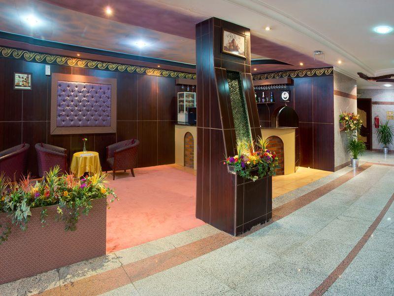 Al Farhan Hotel Suites Al Fayhaa,