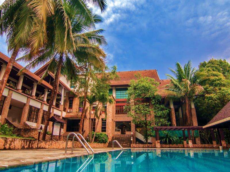 sappraiwan grand hotel and resort