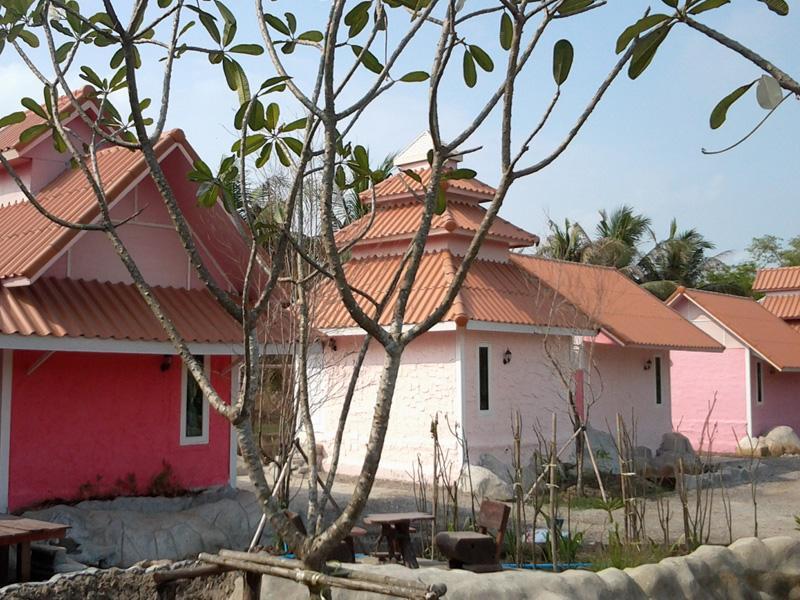 Pathuma Garden & Resort, Lam Luk Ka