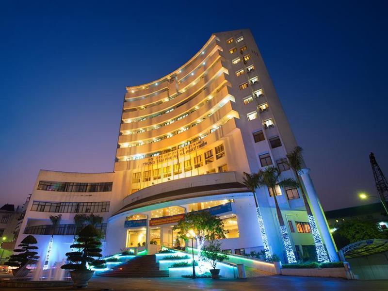 Khách Sạn CWD
