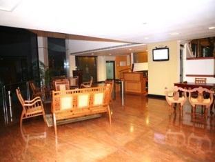 Hotel Aramana, Ernakulam