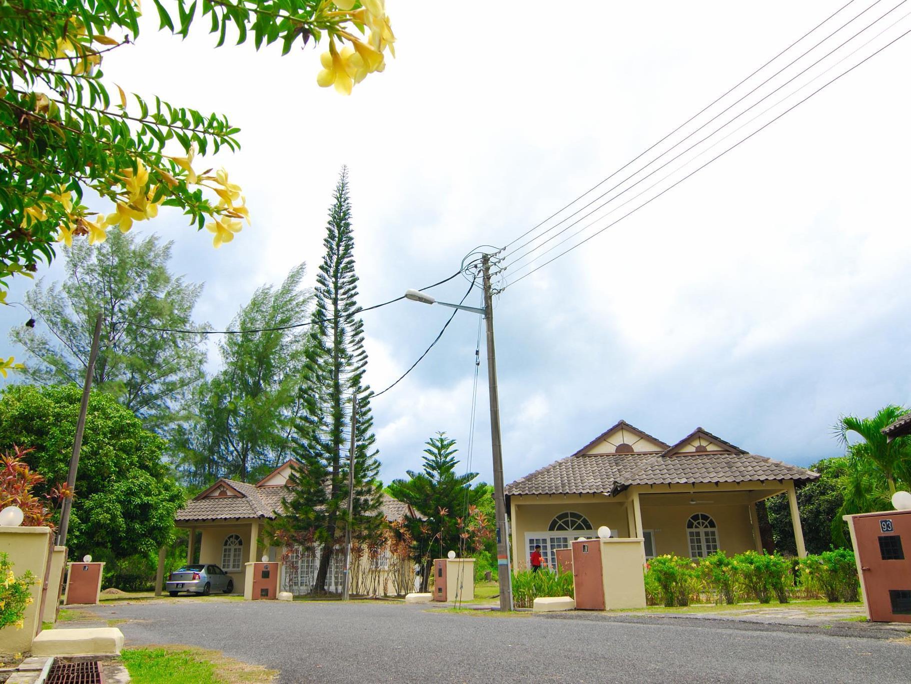 Rumbia Resort Villa, Dungun