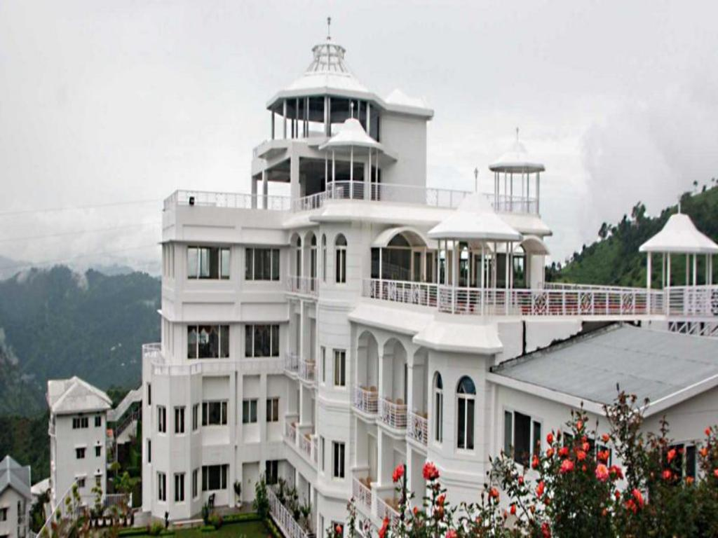 Best Price On Club Mahindra Kandaghat In Shimla Reviews