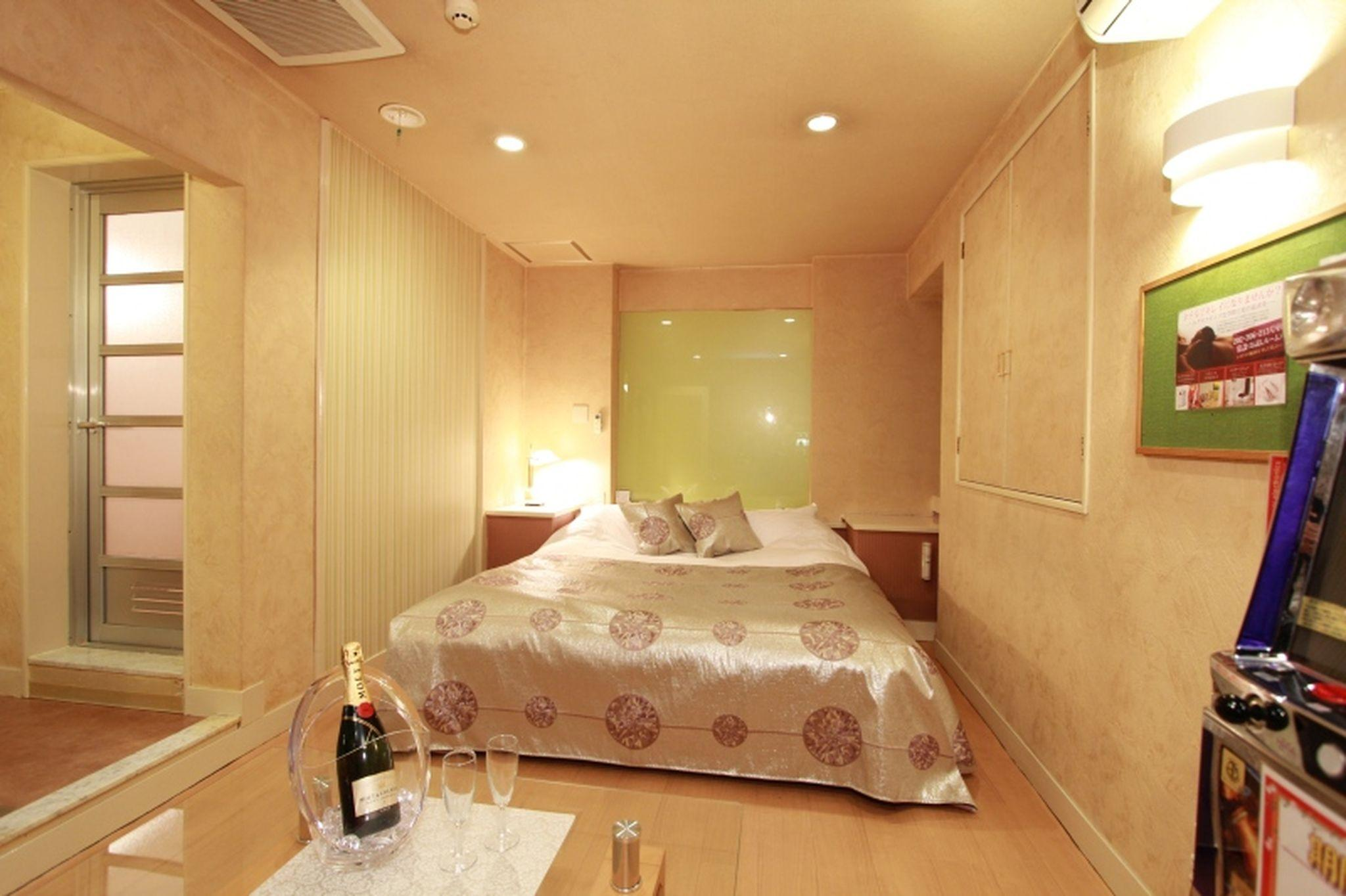 Restay Mito (Adults Only), Mito