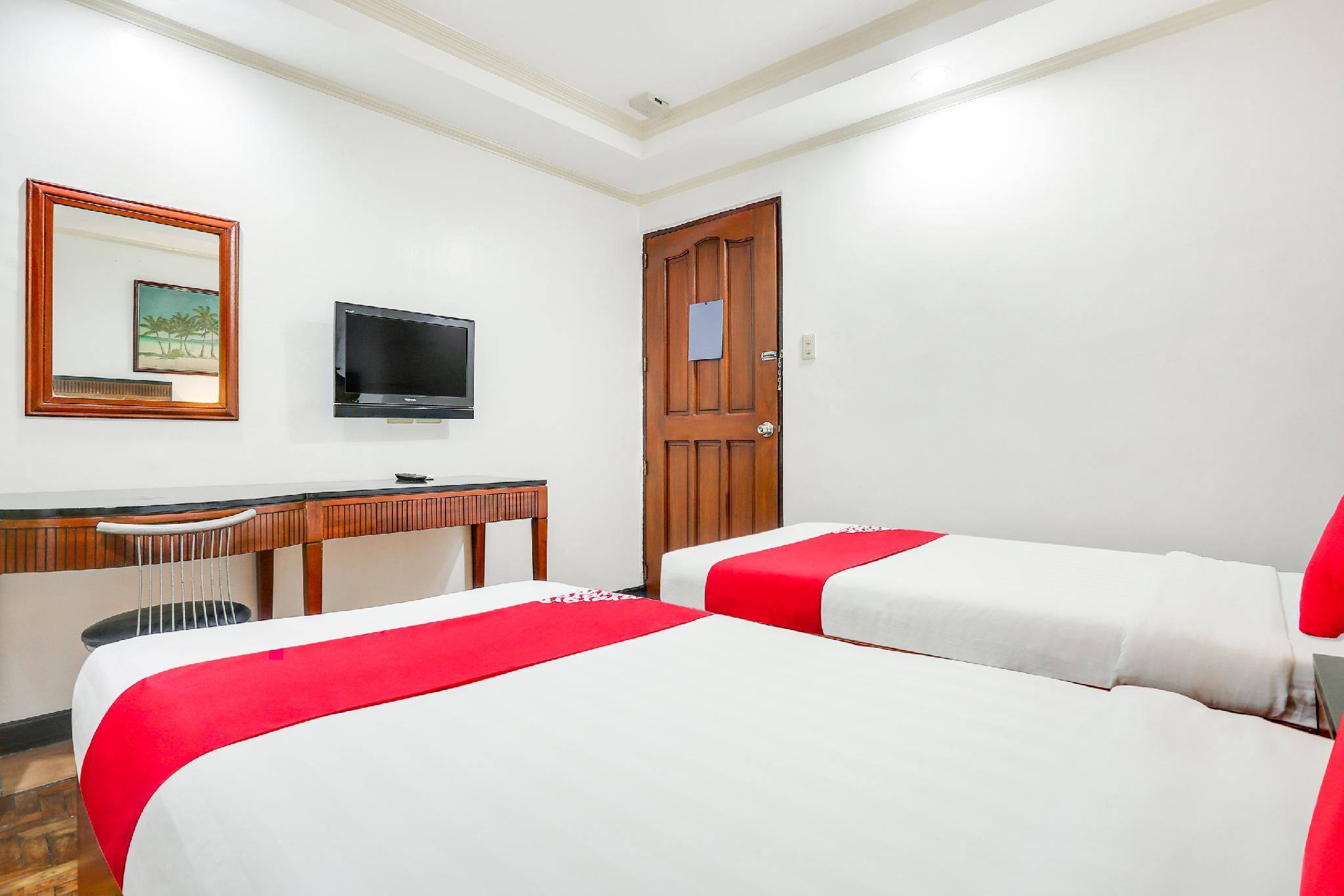 OYO 406 Royal Parc Inn & Suites, Quezon City