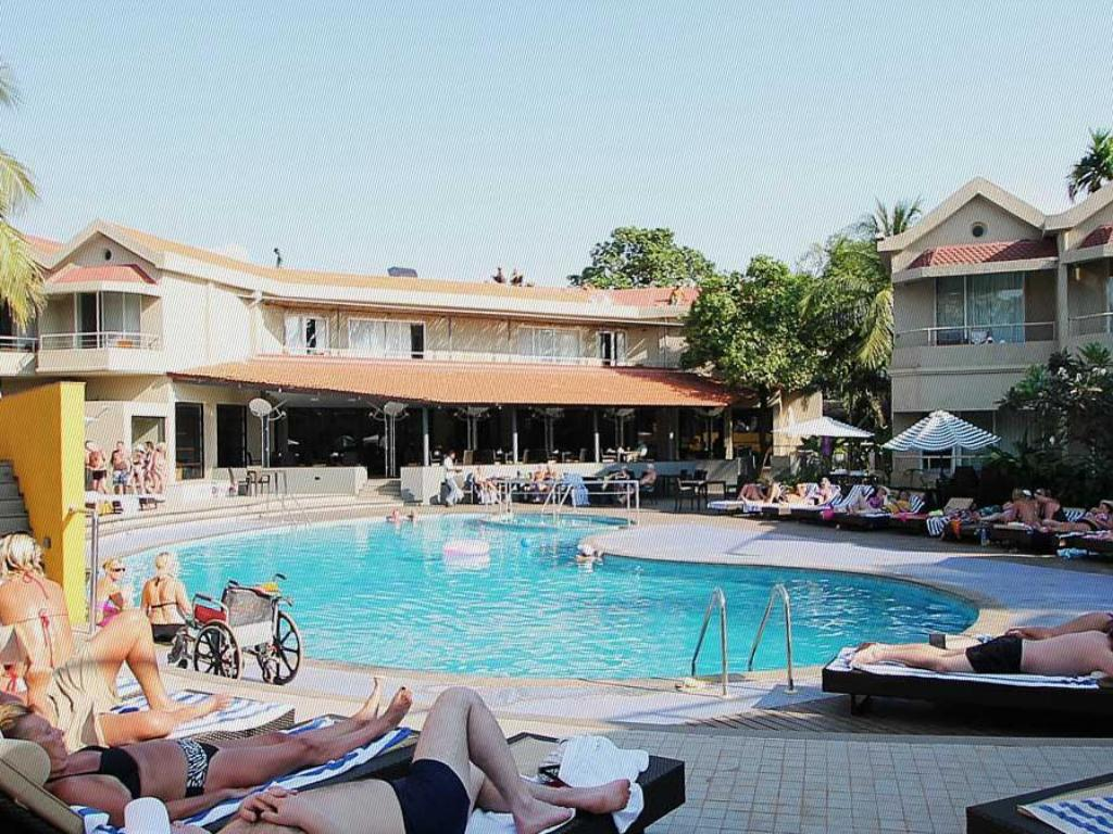Best Price On Whispering Palms Beach Resort In Goa Reviews