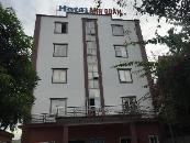 Anh Quan Hotel