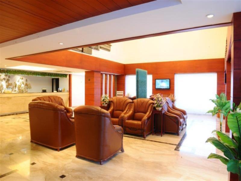 Hotel RR Inn, Tirunelveli