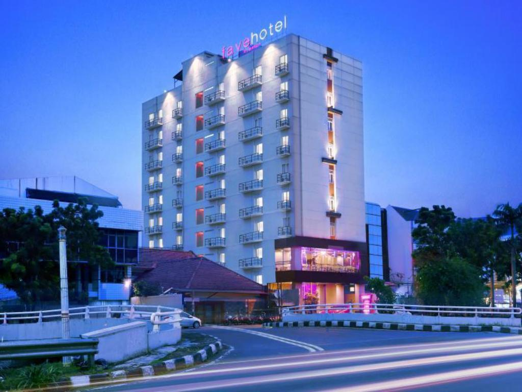 Best Price On Favehotel Tanah Abang
