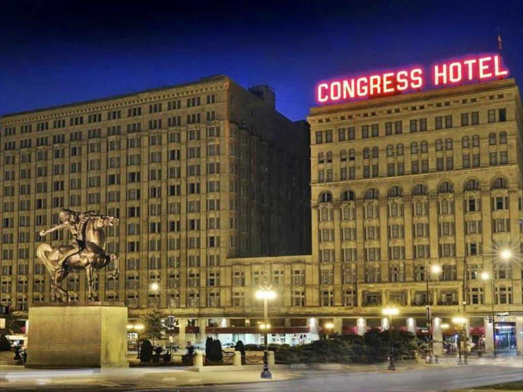 Best price on congress plaza hotel in chicago il reviews for Best hotel deals downtown chicago