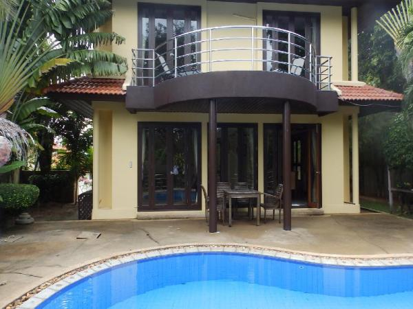 4 Bedroom Villa on beachfront resort (TG43) Koh Samui