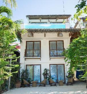 LA BANCA HOUSE AT BORACAY