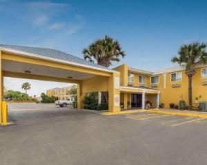 Quality Inn & Suites på stranden