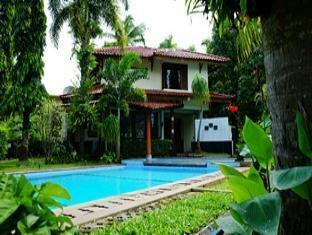 The Tirtha Arumdalu Villas, Serang