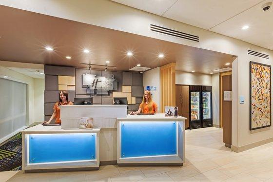 Holiday Inn Express and Suites Chanute, Neosho