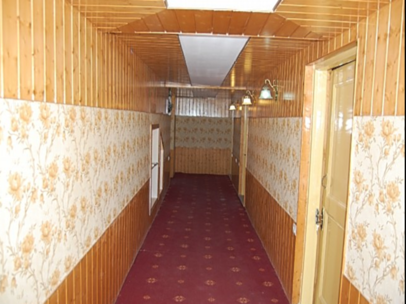 Hotel Khaleel Palace, Baramulla