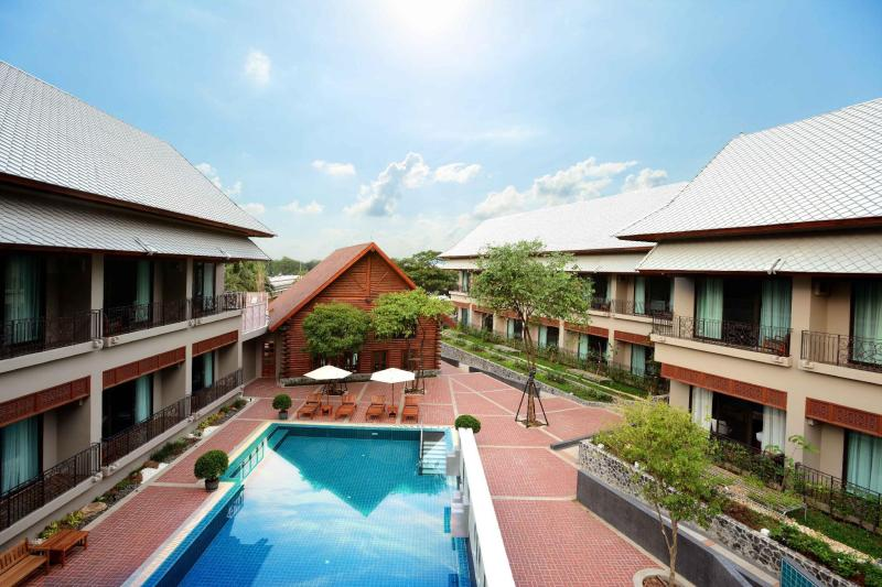 Plakan Resort