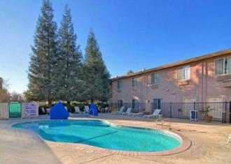 Quality Inn & Suites Fresno Northwest