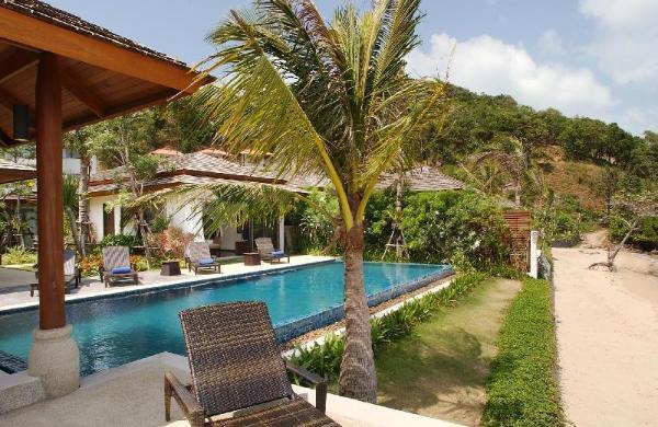 Dhevatara Residence Villa 3 -4 Bedroom, Beachfront Koh Samui