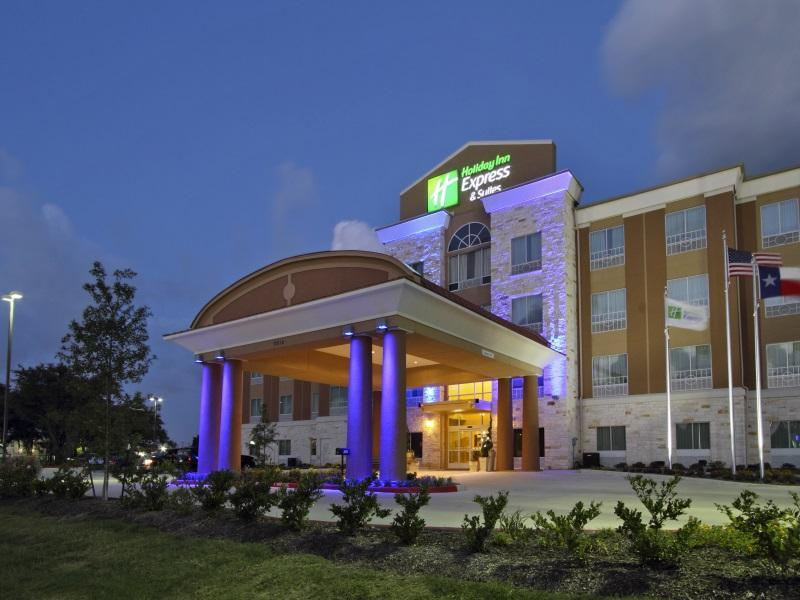 Holiday Inn Express & Suites Houston East - Baytown, Harris