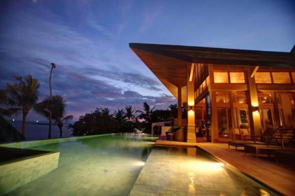 BHT - 5 Bedroom Beachfront villa with private pool Koh Samui