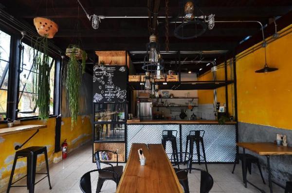Once Cafe And Hostel Koh Samui