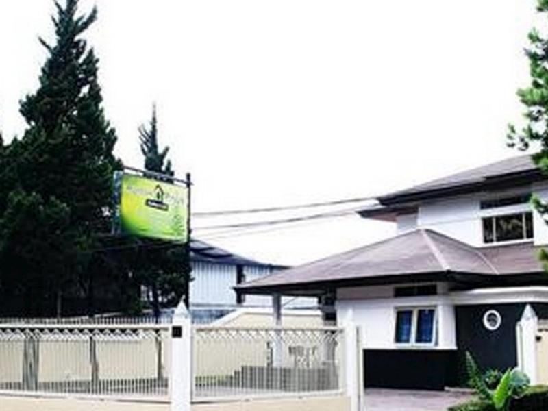 OYO 263 Rumah Pinus Guest House, Bandung
