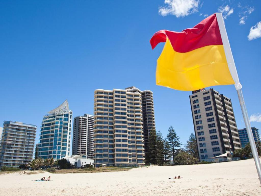 Best price on berkeley on the beach apartment in gold for 35 northcliffe terrace surfers paradise