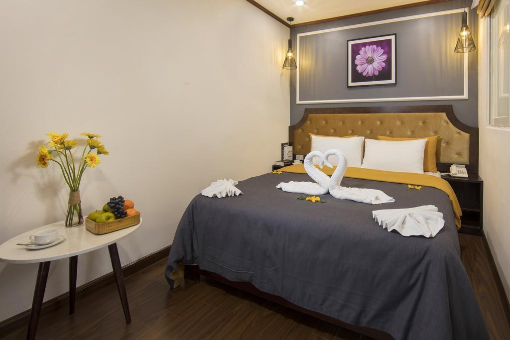 Mayflower Hotel Hanoi, Hoàn Kiếm