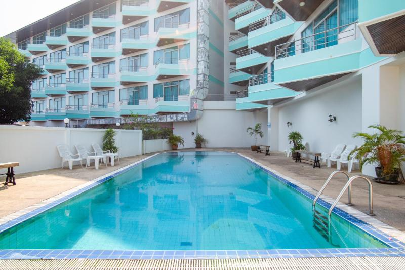 Ayutthaya River View Hotel