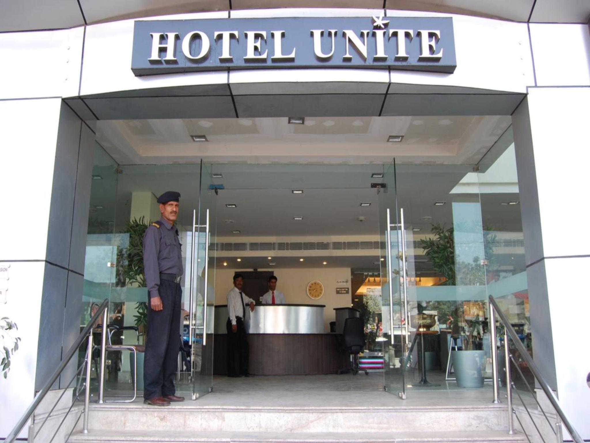 Hotel Unite, Pathankot