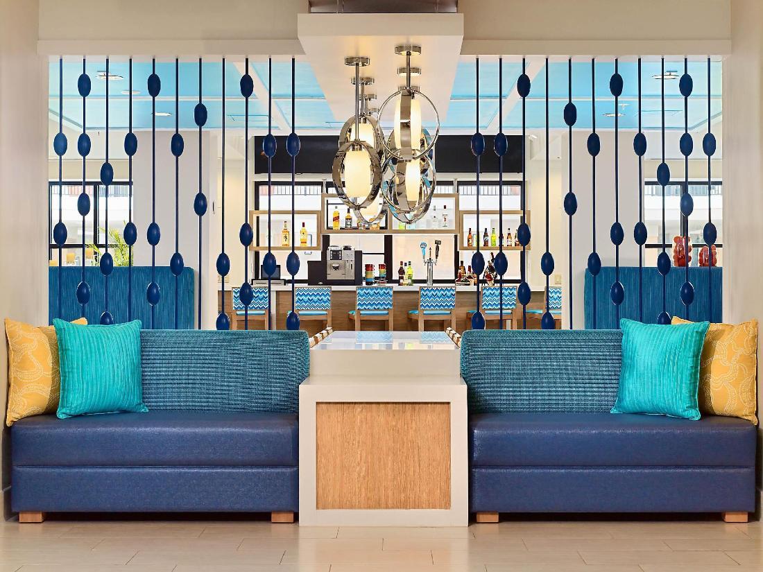 Book sonesta es suites orlando international drive hotel - Cheap 2 bedroom suites in orlando ...