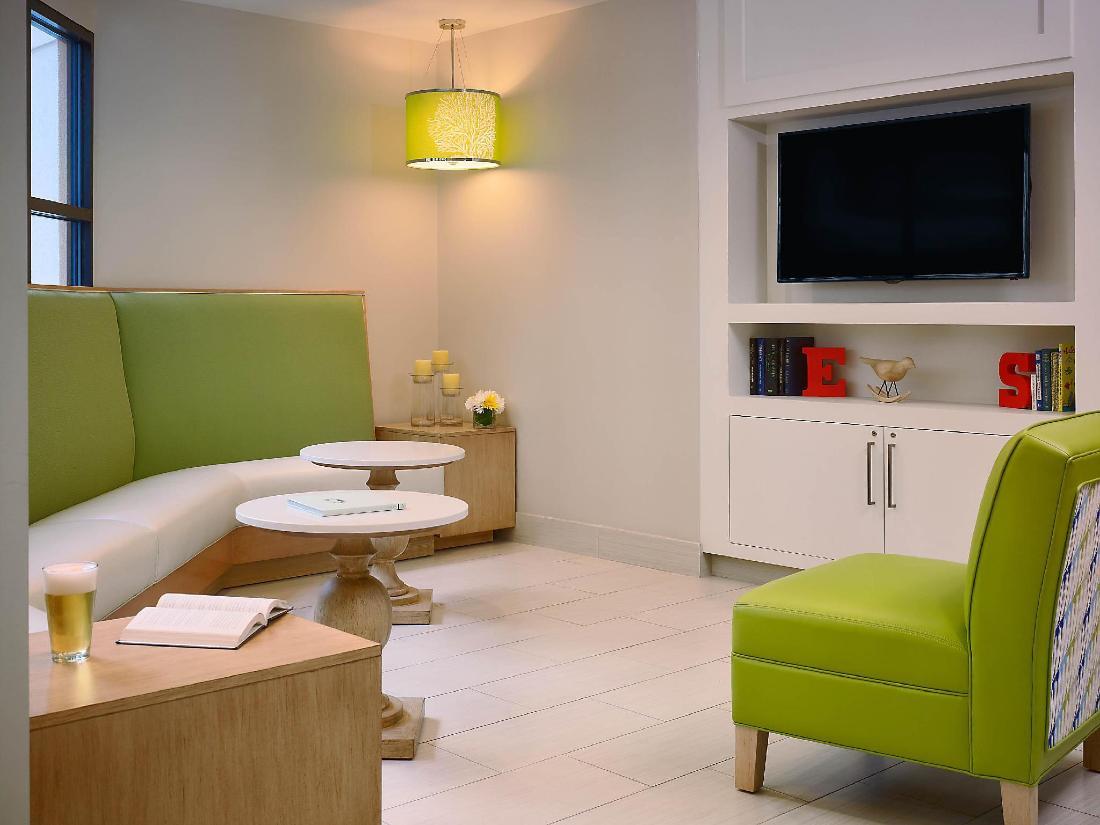 Book Sonesta Es Suites Orlando International Drive Hotel Orlando Fl United States