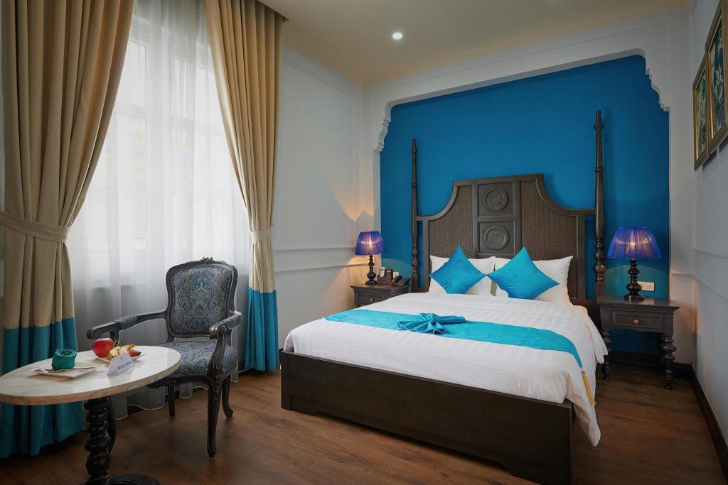 Phòng Deluxe giường đôi - Giường