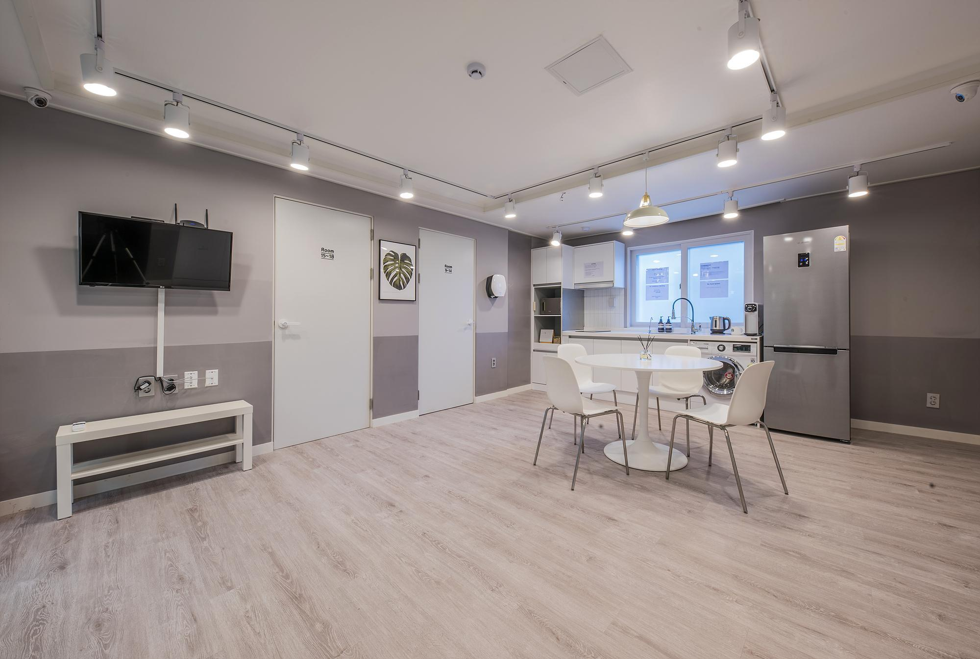 FlexHome Seoul (Foreigners Only), Mapo