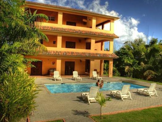 Las Palmas Inn,