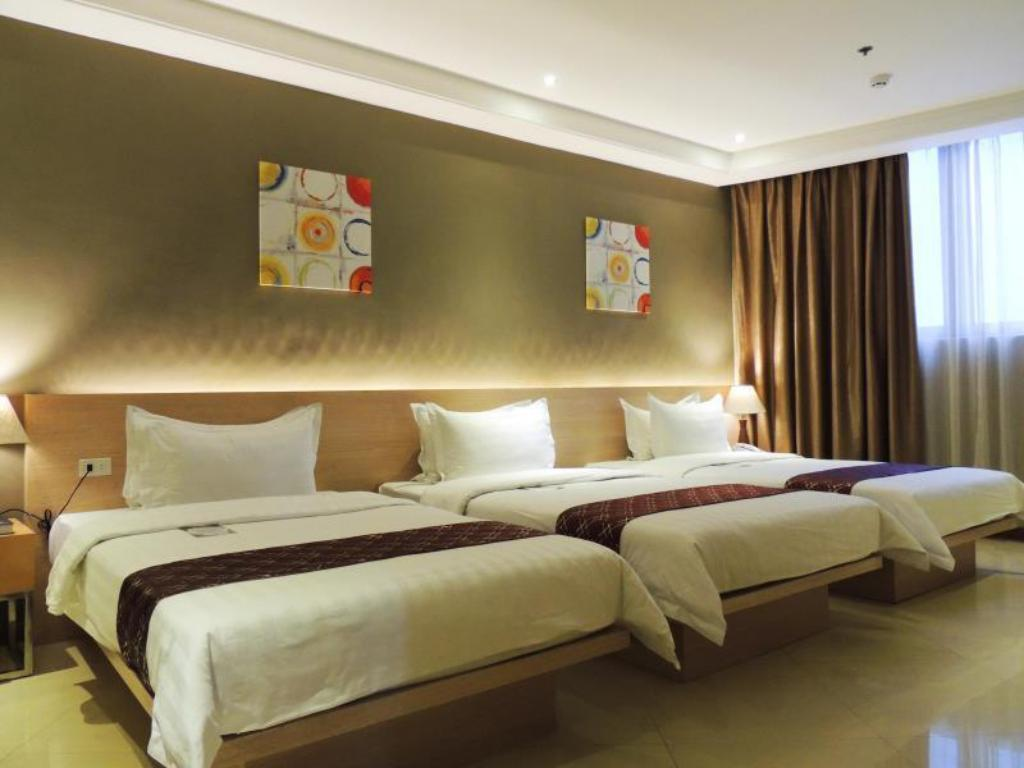 Best price on dela chambre hotel in manila reviews for Chambre hotel