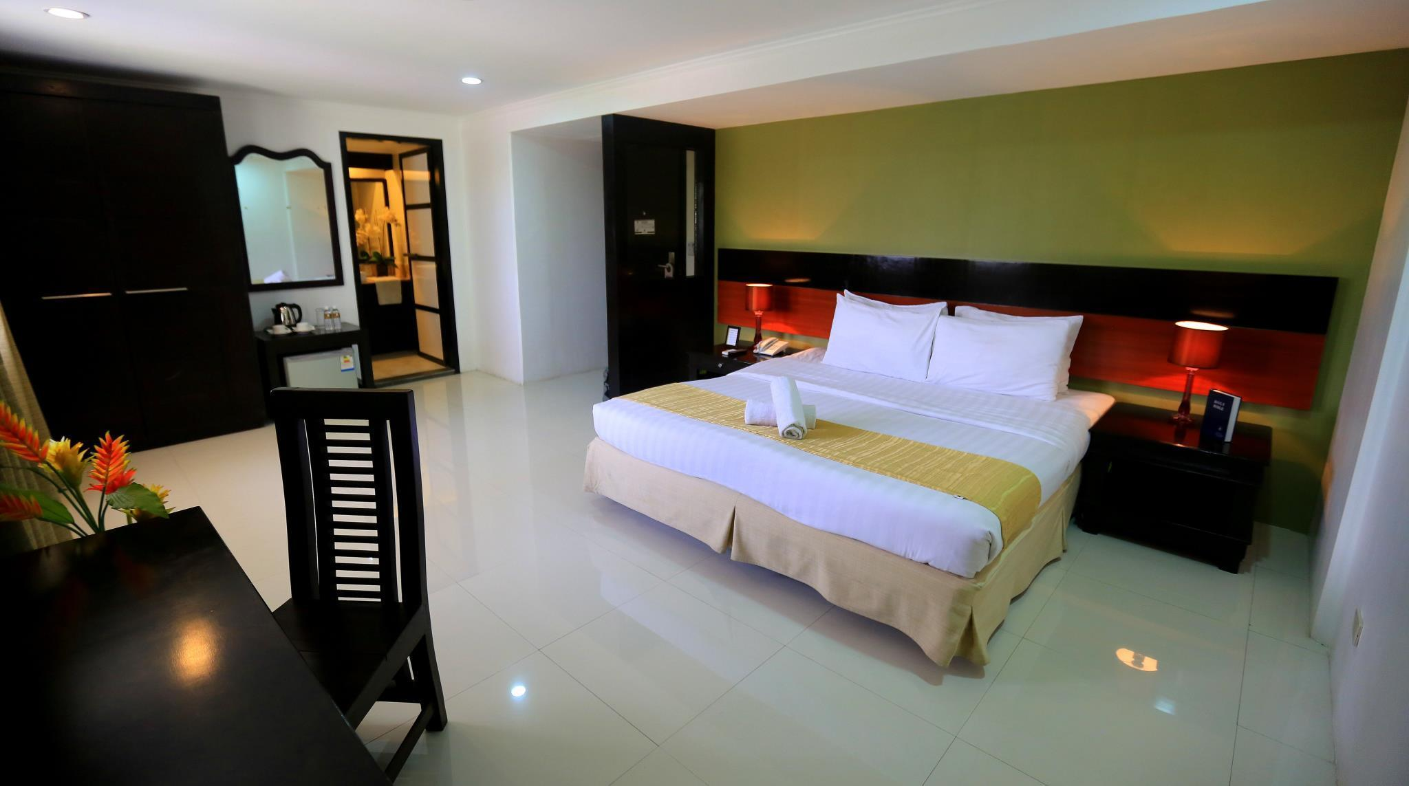 Subic Bay Travelers Hotel Room Rates