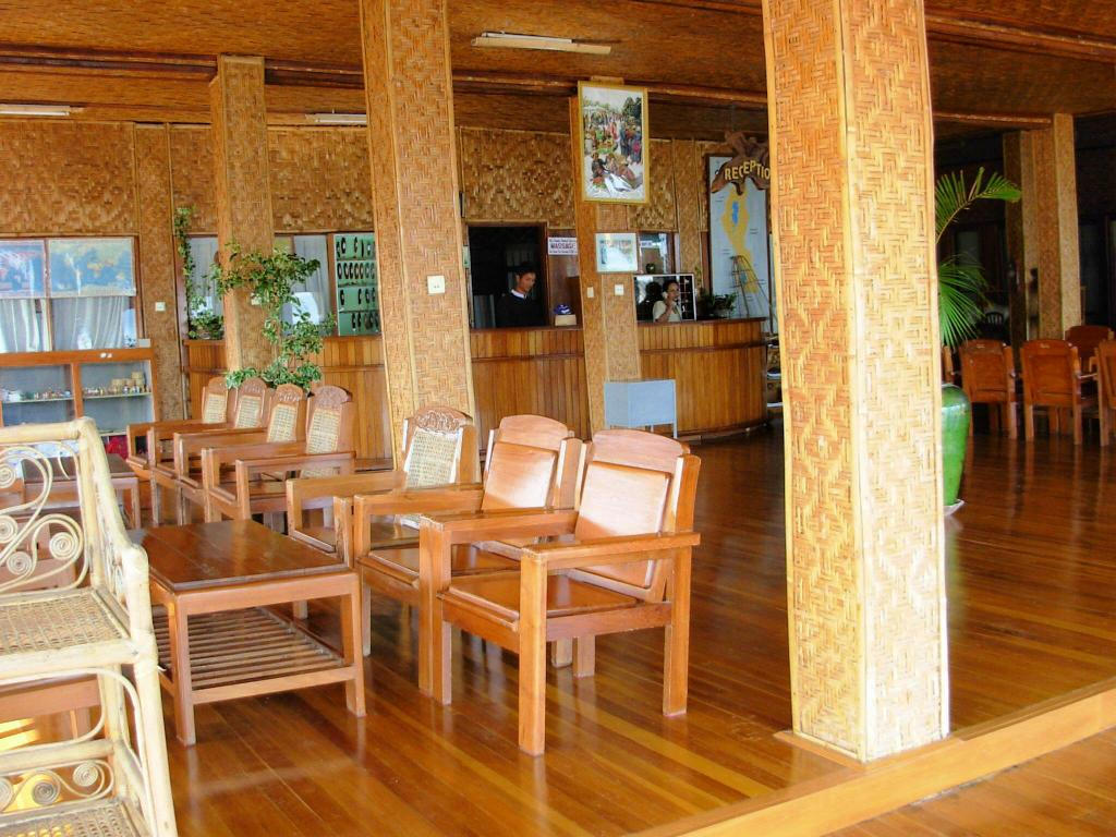 Best Price On Golden Island Cottages Nampan Hotel In Inle