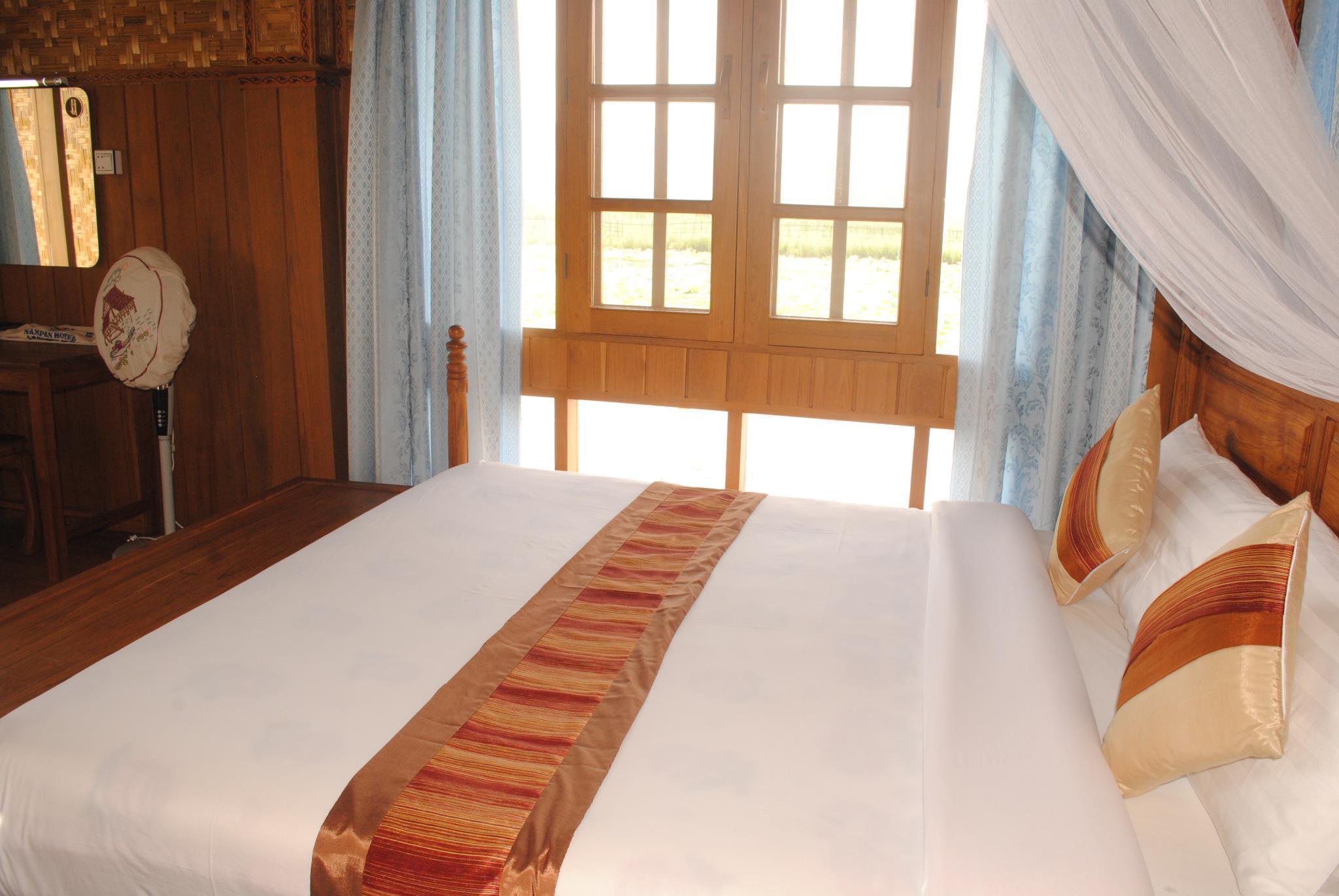 Golden Island Cottages Nampan Hotel, Taunggye