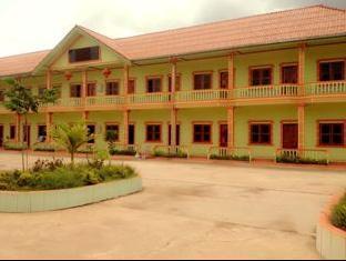 EA LeeHeng Hotel, Pakkading