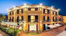 Golden River Hotel