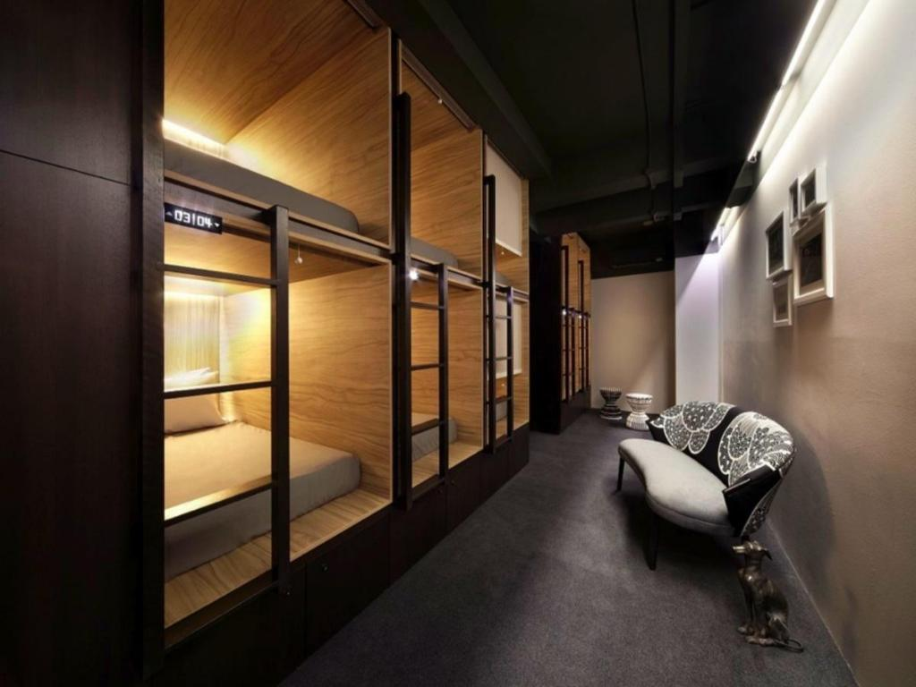 Best Price on The Pod @ Beach Road Boutique Capsule Hotel