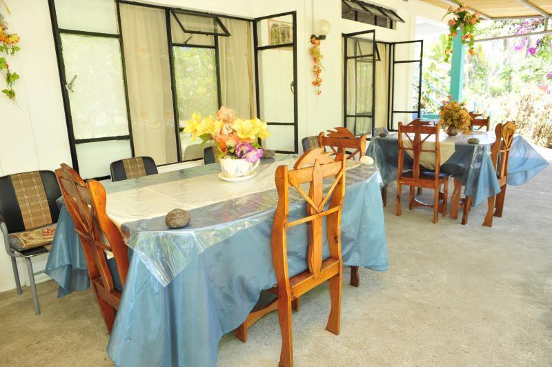 Chez Ronald Guest House,