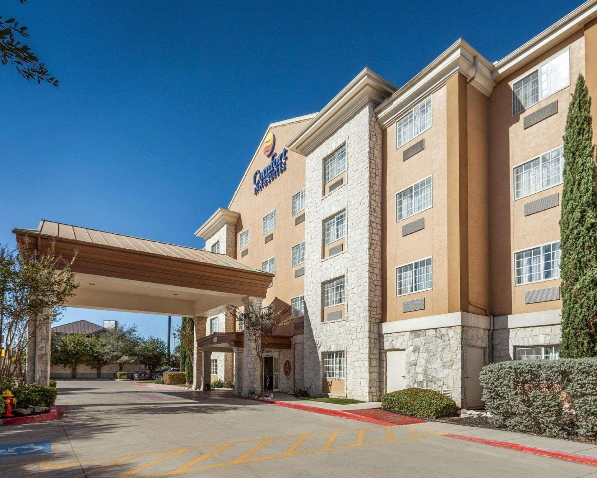 Comfort Inn and Suites Texas Hill Country Boerne, Kendall