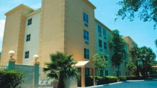 La Quinta Inn Suites Miami Cutler Bay