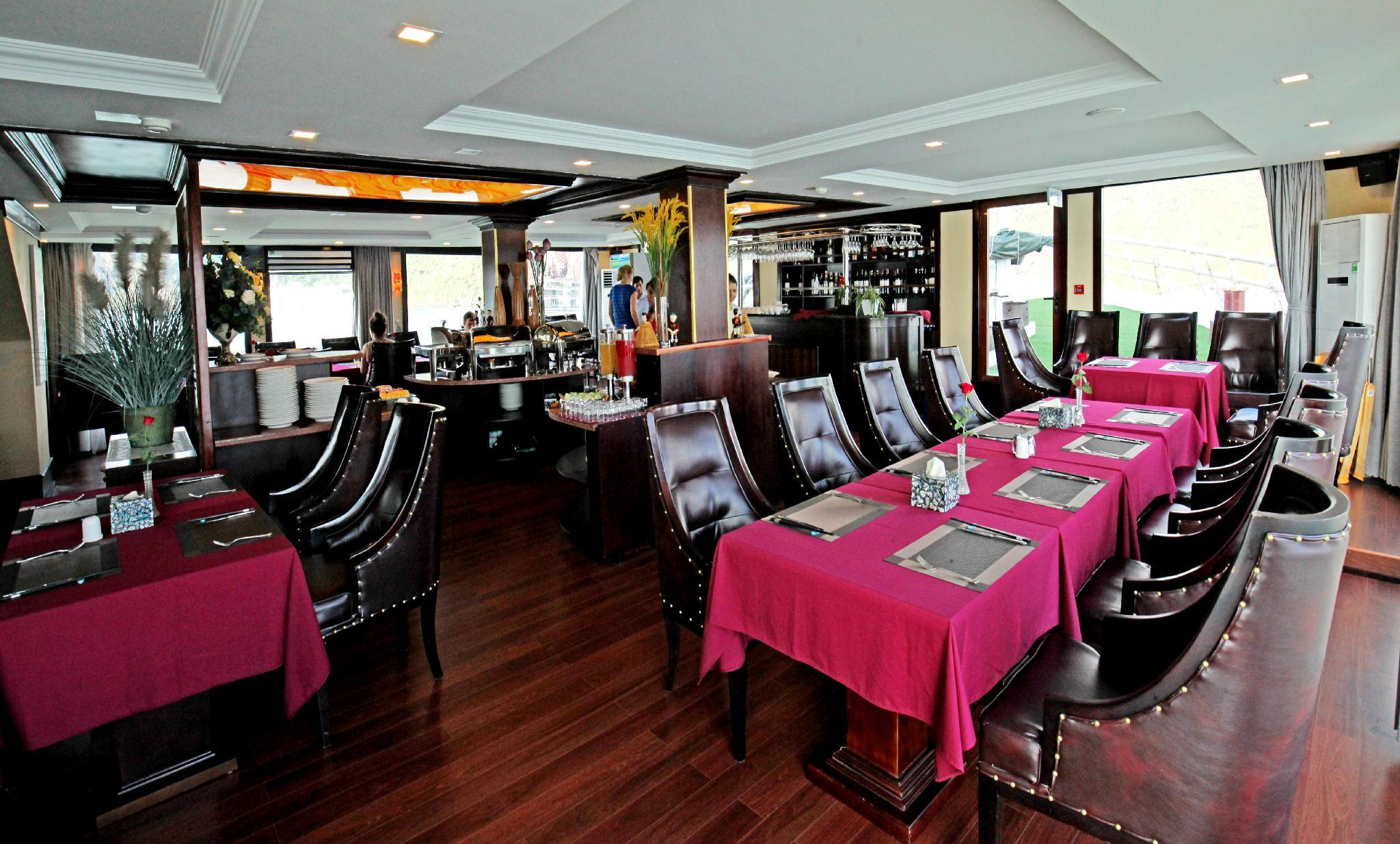 La Pinta Cruise, Cát Hải
