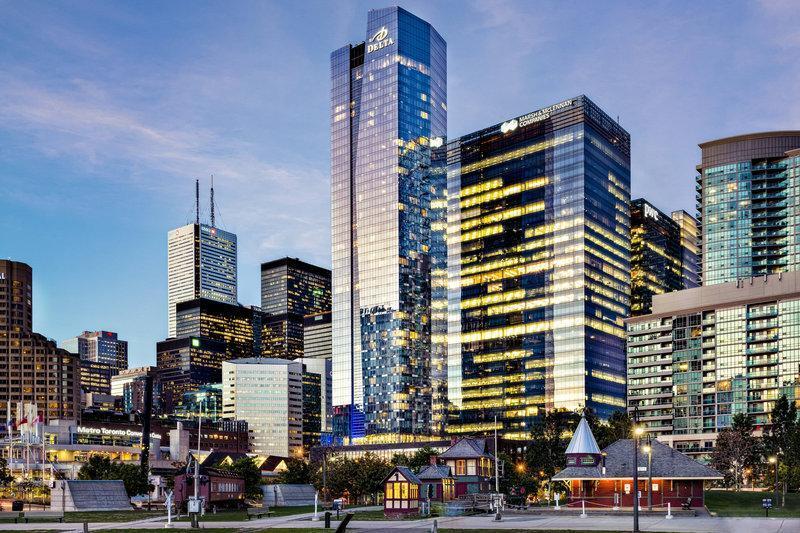 Delta Hotels by Marriott Toronto, Toronto