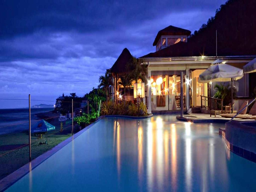 Kahuna Beach Resort & Spa